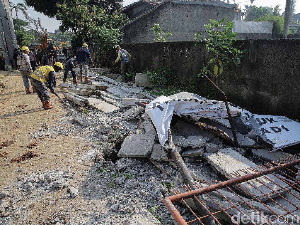 Pemasang Tembok 2 Meter yang Halangi Rumah Warga Ciledug Dipanggil Polisi