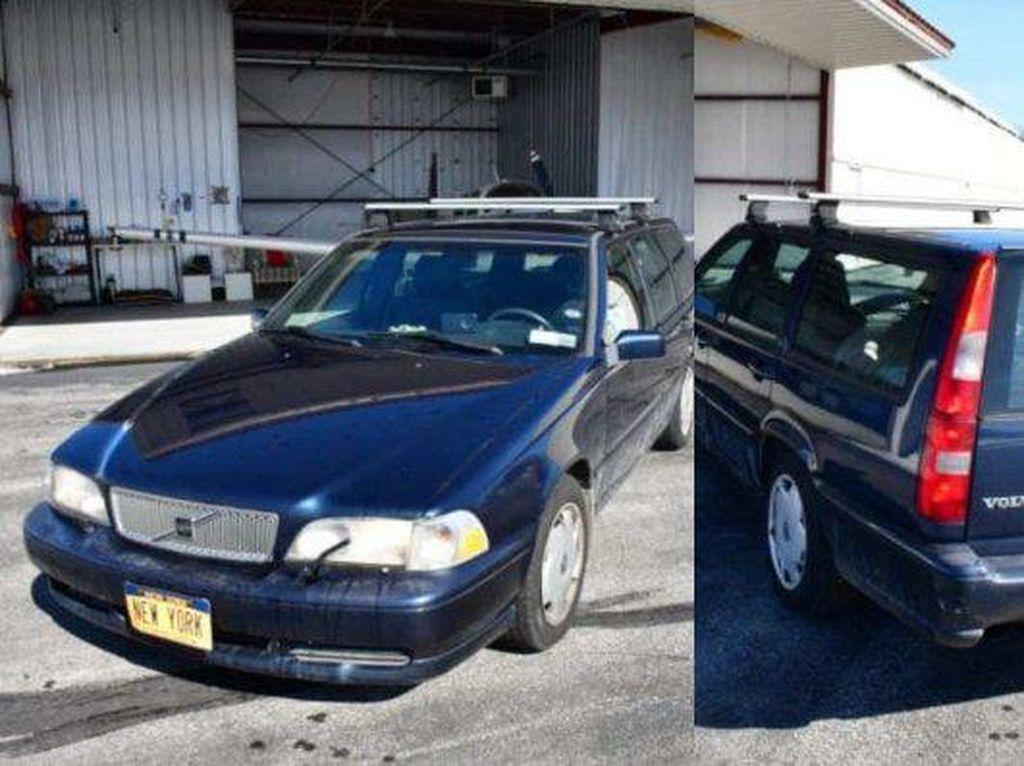 Mobil Tua Volvo Dijual Rp 288 Miliar, Ternyata Pelat Nomornya yang Bikin Mahal
