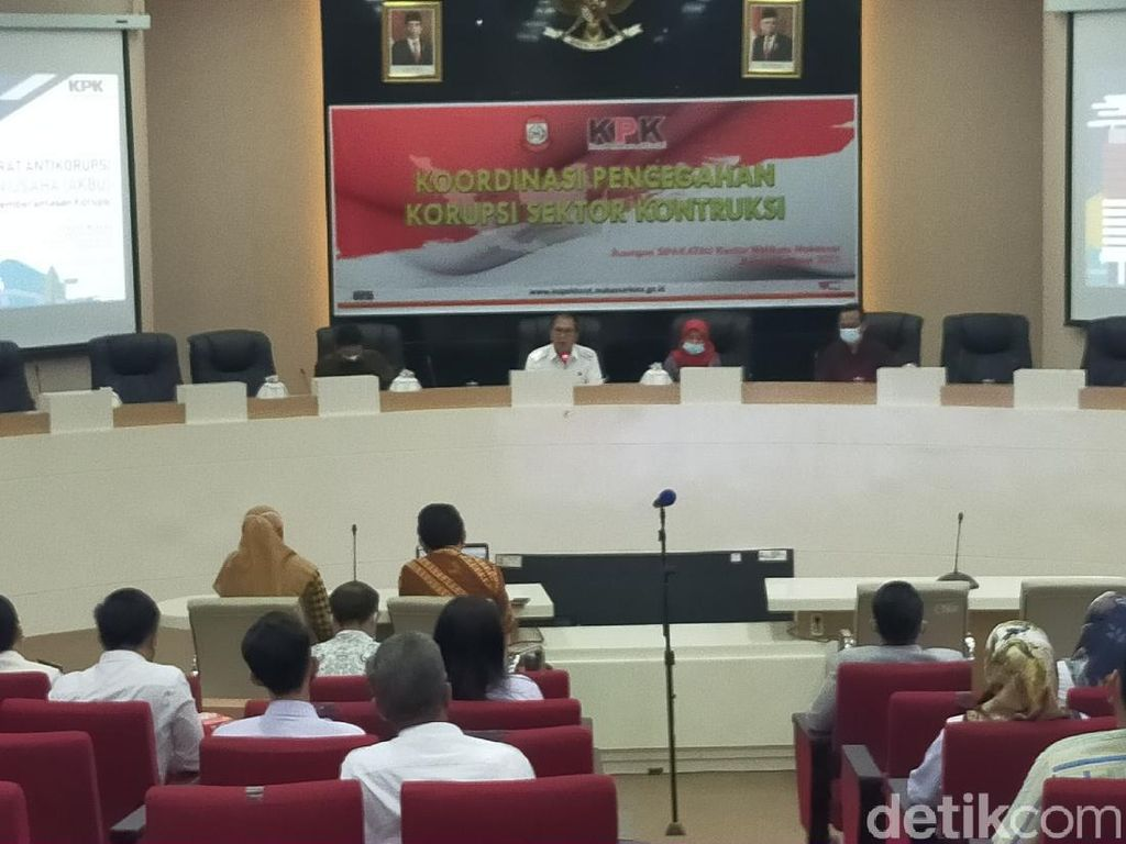 Walkot Makassar Lapor ke KPK Aset Pemkot Terancam Hilang Rp 1,6 T