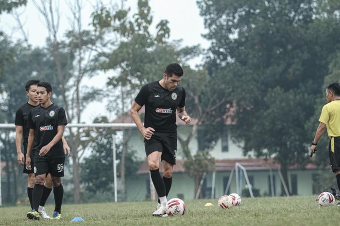 Pemain PSS Sleman, Fabiano Beltrame, merasa seperti bermain di Piala Gubernur Jatim di Piala Menpora 2021.