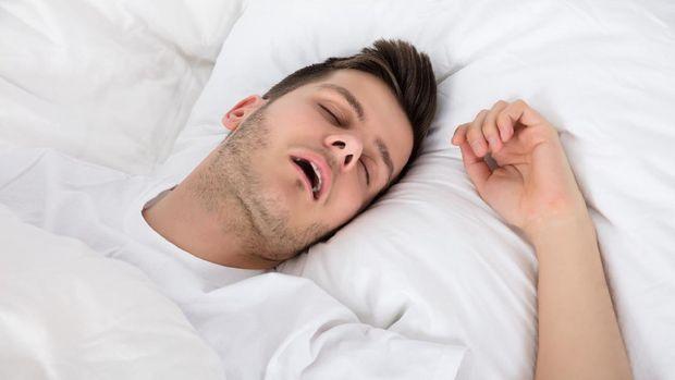 ilustrasi tidur mendengkur
