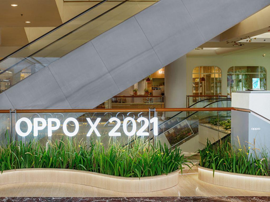 Smartphone Layar Gulung OPPO X 2021 Tampil Perdana di OPPO Gallery