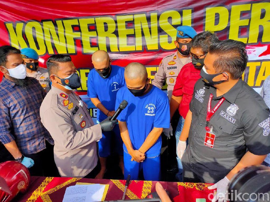 Polisi Cirebon Ringkus Dua Pria Pembobol ATM Berbekal Tongsis