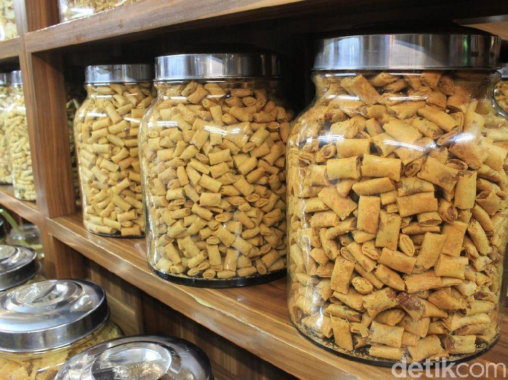 Belanja Kue Kering dan Snack Murah untuk Lebaran di Pasar Mayestik