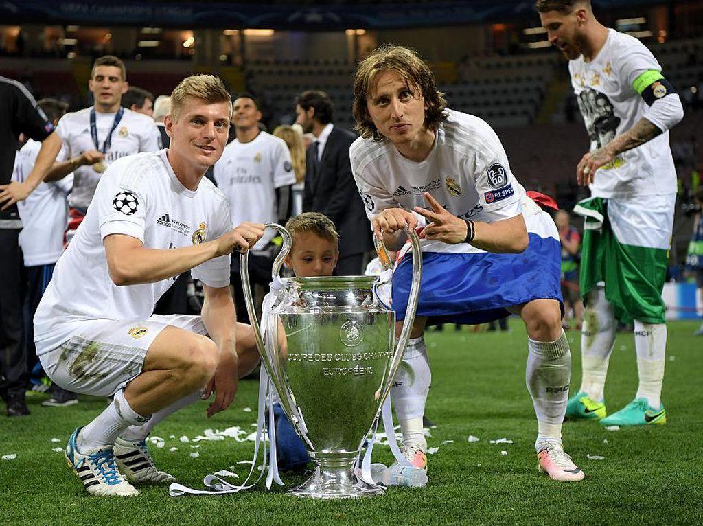 Romantisme Toni Kroos dan Luka Modric