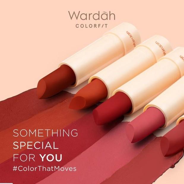 Wardah Colorfit Ultralight Matte Lipstick Korean Edition / foto: instagram.com/wardahbeauty
