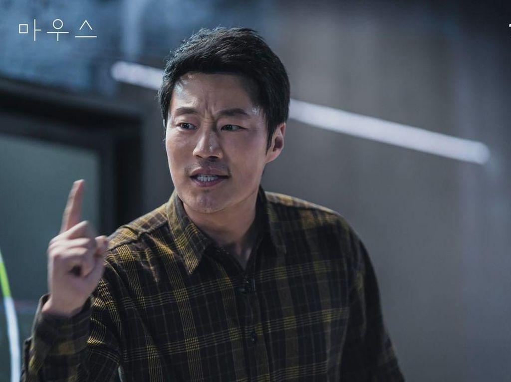 Suka Akting Lee Hee Joon di Mouse? Ini 5 Drama dan Film Terbaiknya