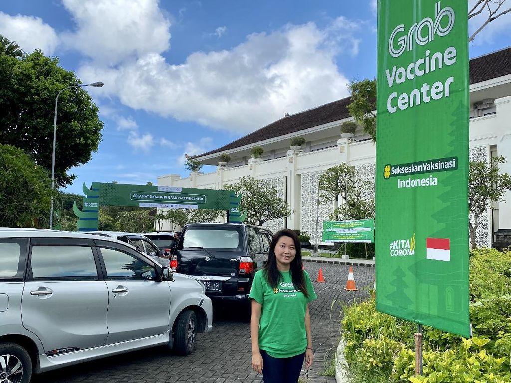 Srikandi di Balik Pusat Vaksinasi Drive-Thru Pertama Asia Tenggara