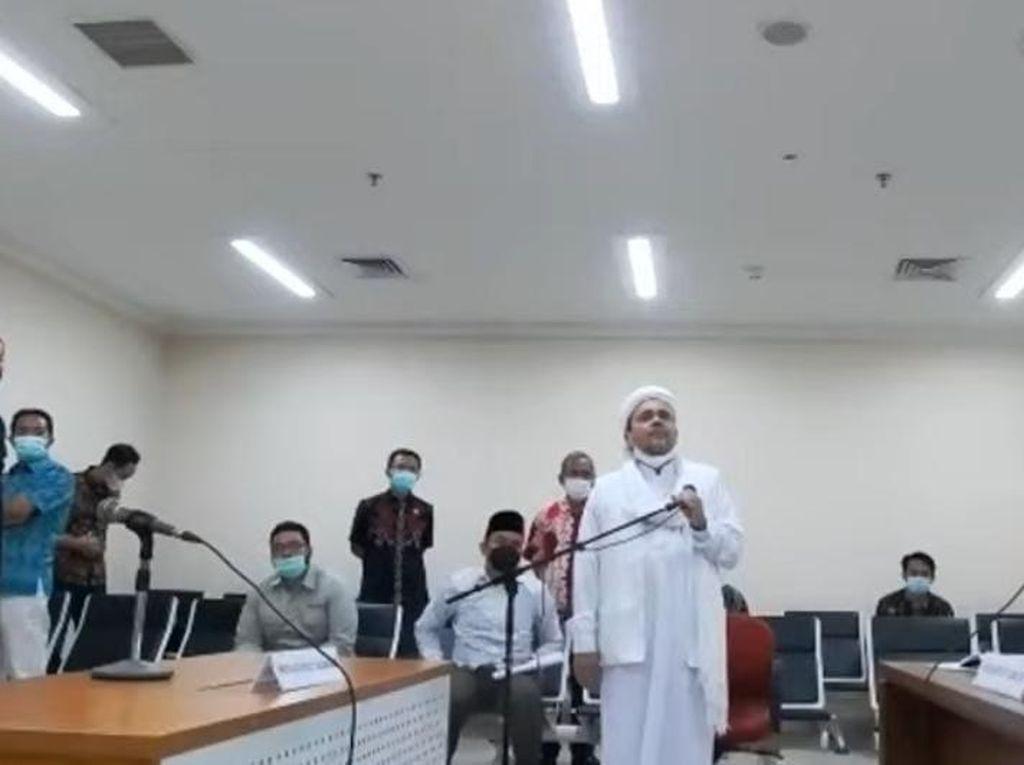 Pengacara Habib Rizieq: Kami Duga Video Hoax Jaksa karena Masyarakat Kecewa