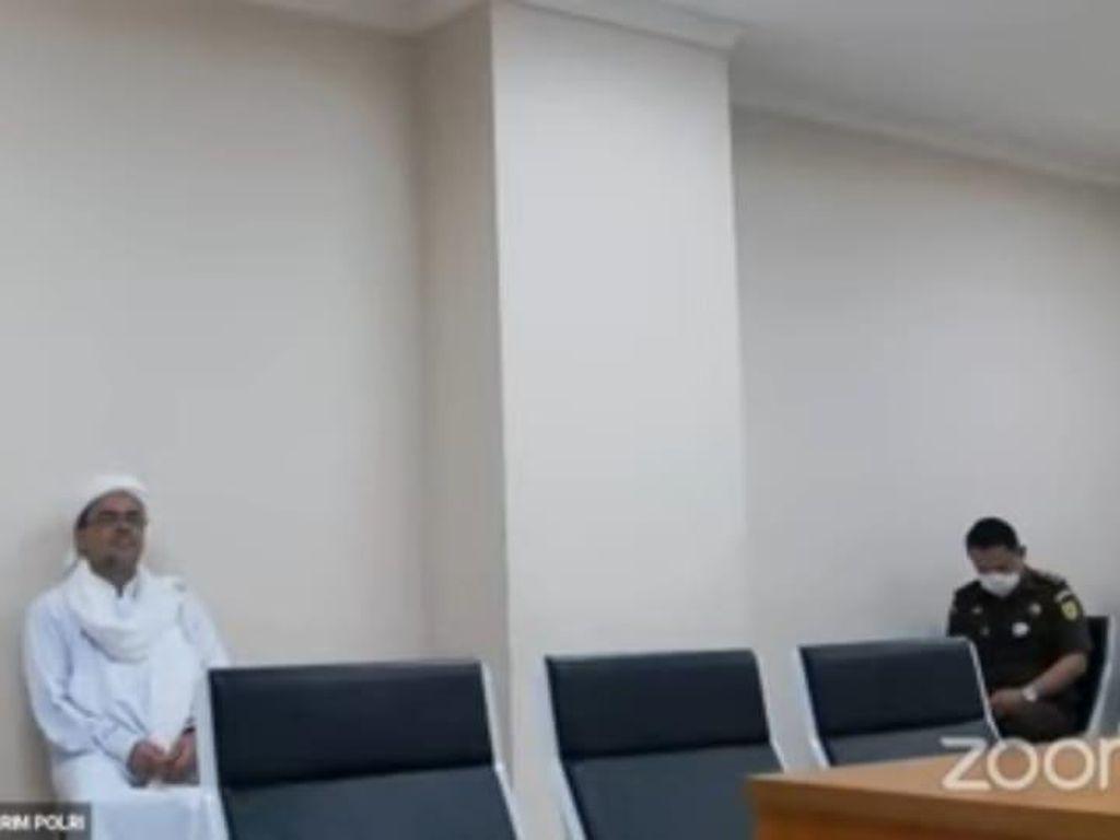 Drama Lagi, HRS Diam Meski Berkali-kali Ditanya Hakim