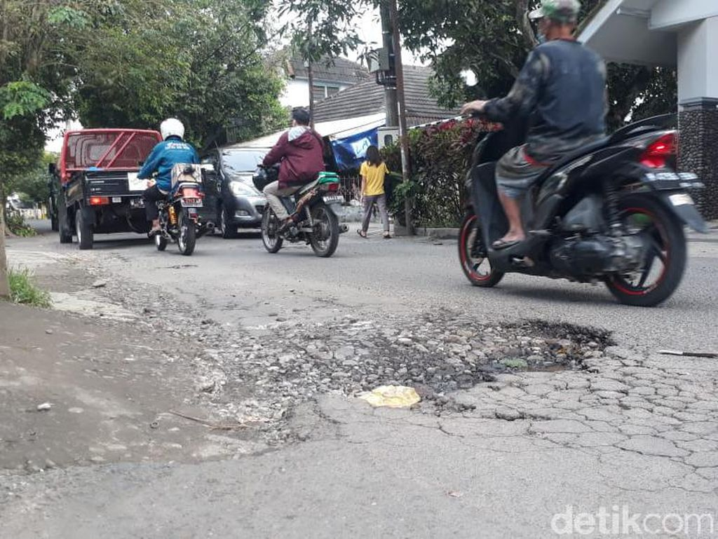 Jl Terusan Kecubung Barat Rusak, Lurah Usul Perbaikan ke Pemkot Malang