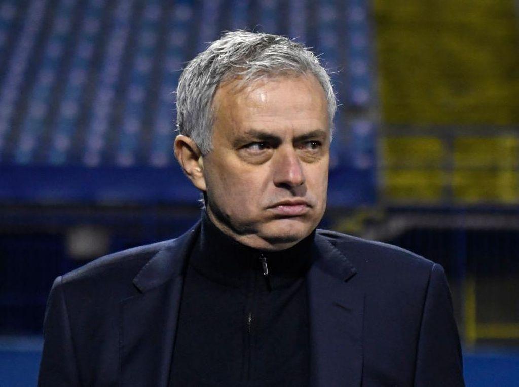 Momen Jose Mourinho ke Ruang Ganti Dinamo Zagreb, Mau Ngapain?