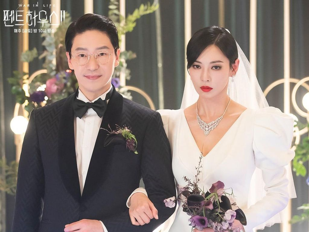 Foto: Pasangan Licik The Penthouse 2 Menikah, Kim So Yeon Nangis