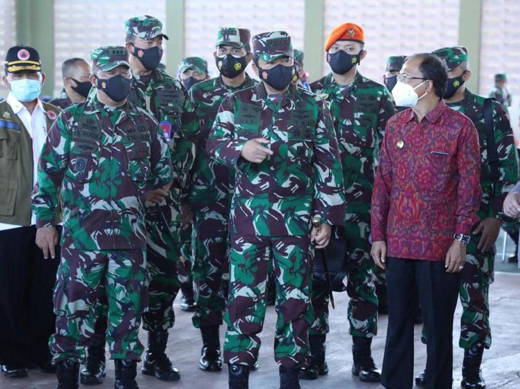 Panglima TNI Pimpin Pemberian 130.000 Vaksin AstraZeneca ke Prajurit Besok