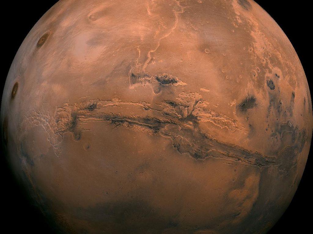 Viral di TikTok, Teori Konspirasi Penyebab Mars Berwarna Merah