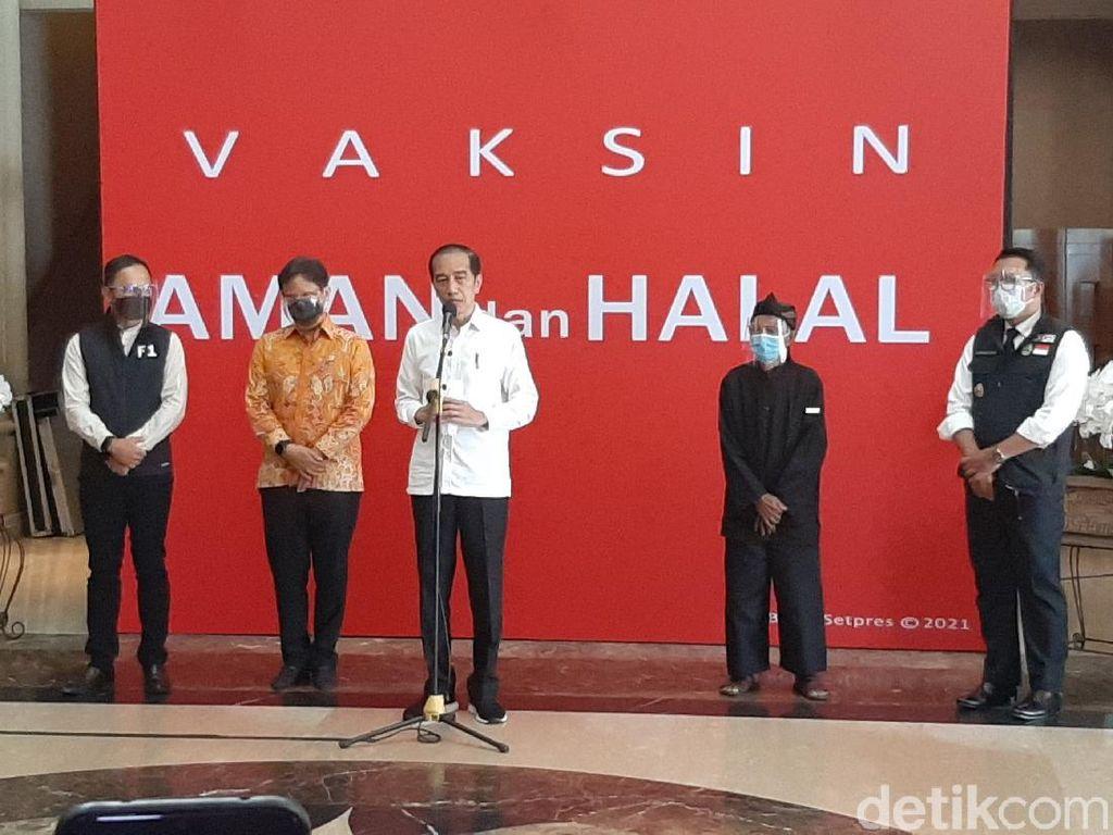 Jokowi Dorong Daerah Lain Tiru Bogor soal Layanan Vaksinasi Drive Thru