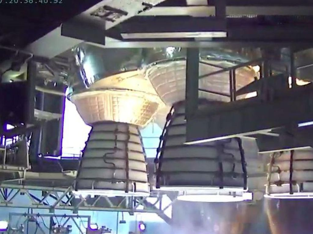 Roket Terkuat Dunia Sukses Dijajal, Mau Bawa Manusia ke Bulan
