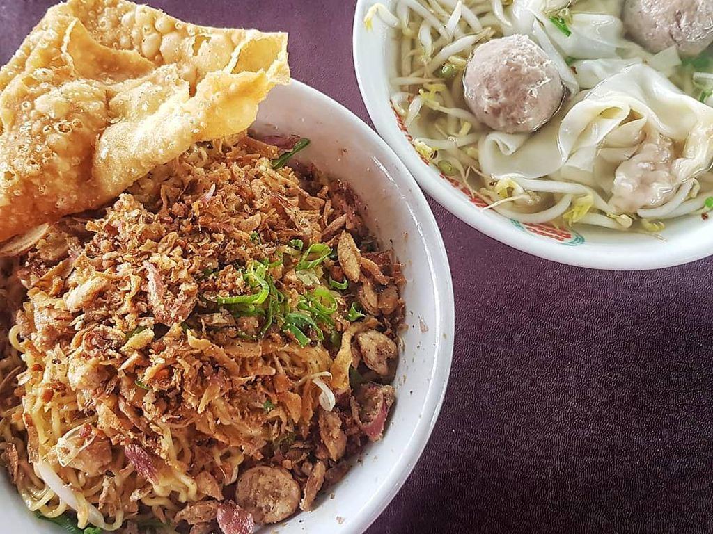 5 Mie Ayam Enak dengan Topping Melimpah di Jakarta Barat