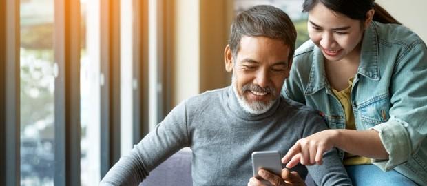 Setelah kamu memperbaiki hubunganmu dengan orangtua, kamu dapat mulai memberikan jawaban untuk semua keraguan yang mereka miliki.