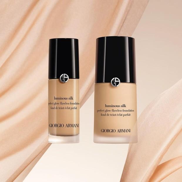 Luminous Silk merupakan foundation dengan tekstur halus dan ringan yang akan bertahan sepanjang hari dan memiliki sentuhan akhir satin untuk kulit.