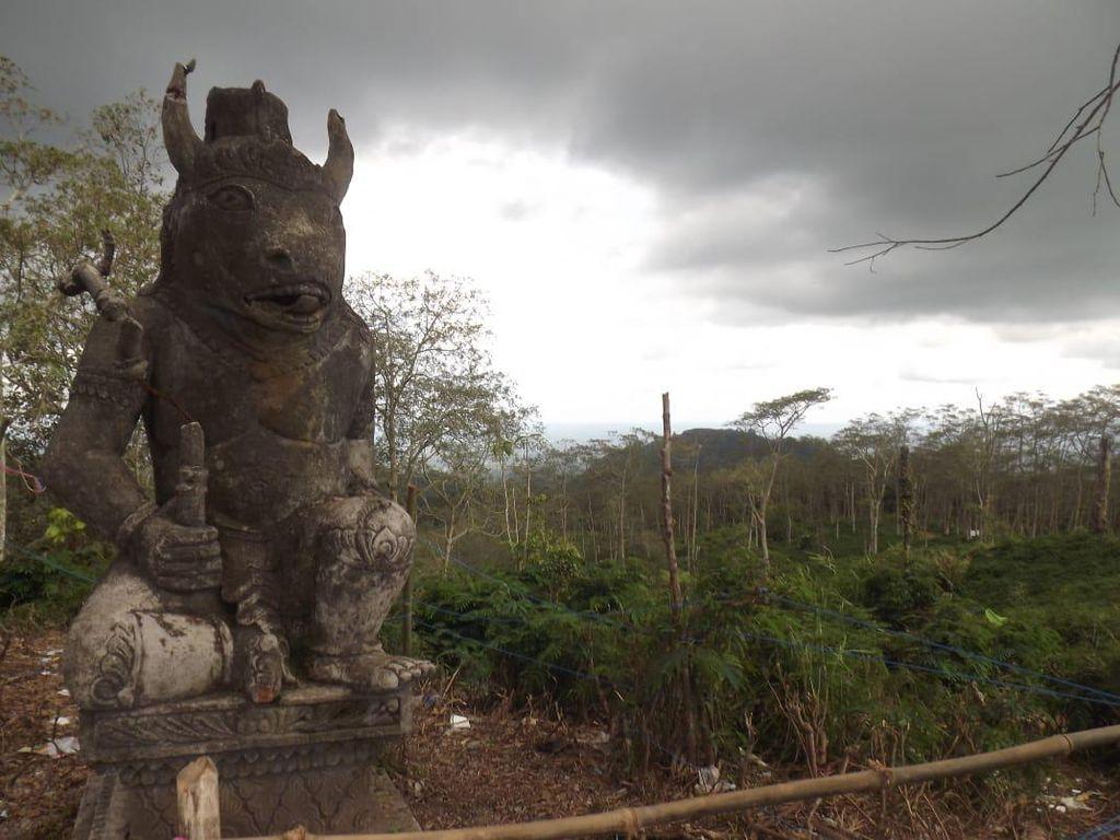 Cerita Patung Lembu Suro yang Dipercaya Lindungi Blitar dari Letusan Gunung Kelud