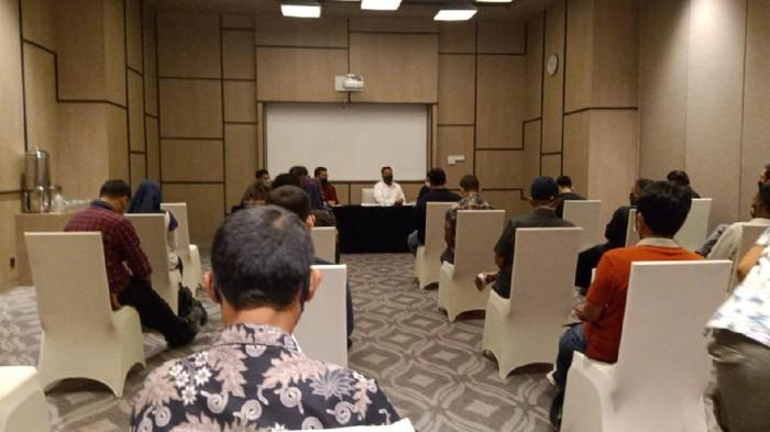 Suasana Rapat Umum Pemegang Saham Luar Biasa (RUPSLB) PT Persis Solo Saestu (PSS) yang digelar di di Hotel Alila Solo, Sabtu (20/3/2021).