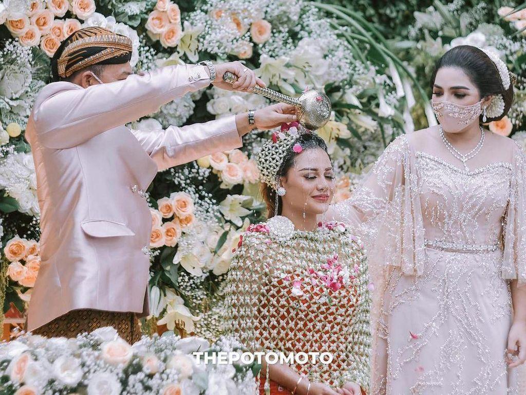 Yuni Shara Tak Sangka Aurel Hermansyah Akan Menikah