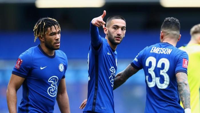 Cuma Masalah Waktu Chelsea Salip Leicester?
