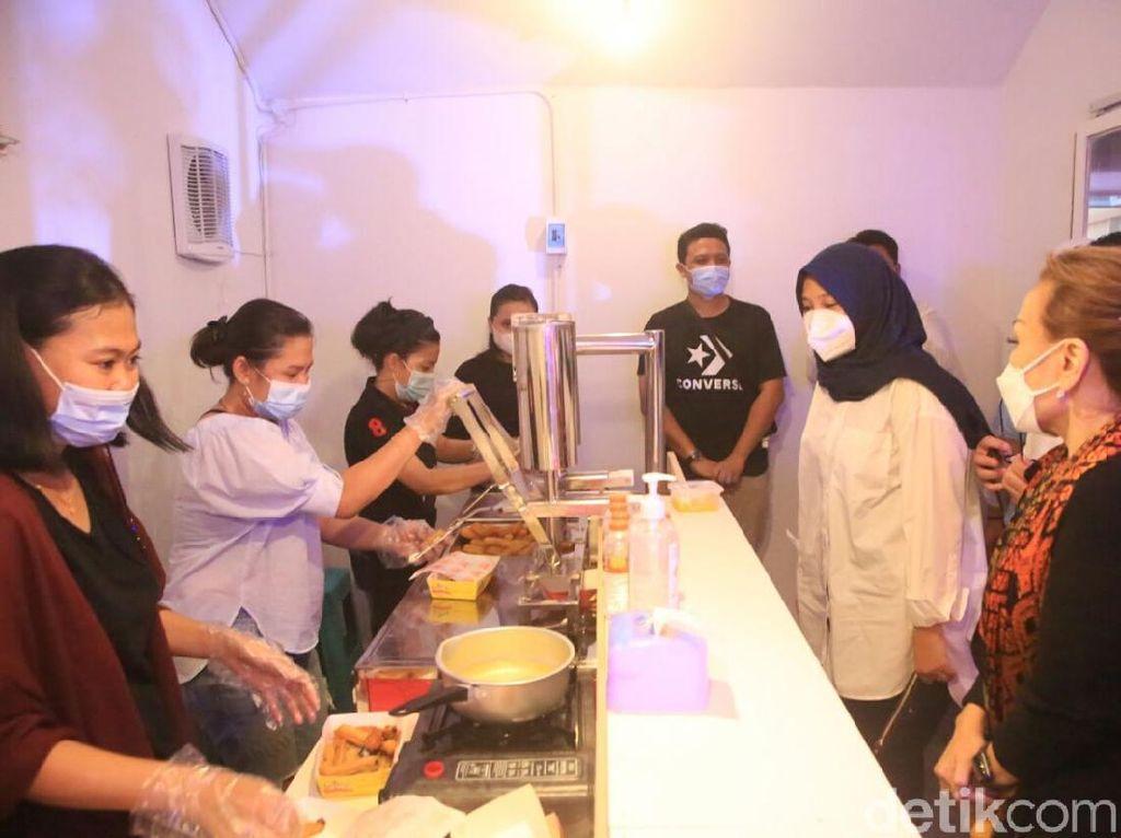 Crab Colony Creative, Hasil Kolaborasi Enterprenuer Muda Banyuwangi dan UMKM