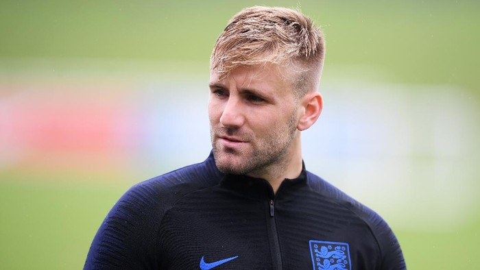 BURTON-UPON-TRENT, ENGLAND - SEPTEMBER 04:  Luke Shaw of England looks on during an England training session at St Georges Park on September 4, 2018 in Burton-upon-Trent, England.  (Photo by Laurence Griffiths/Getty Images)