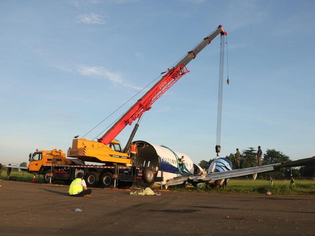 Perbaikan Rampung, Runway Bandara Halim Siap untuk Operasional