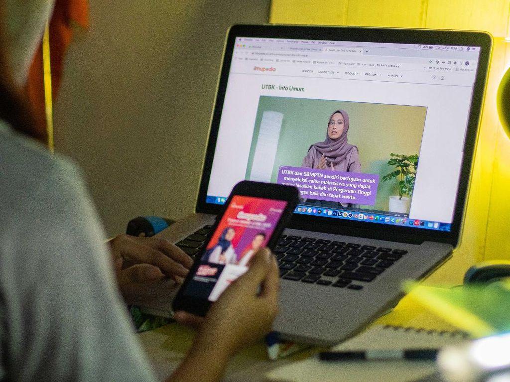 Cara Telkomsel Bantu Siswa Lolos SBMPTN 2021