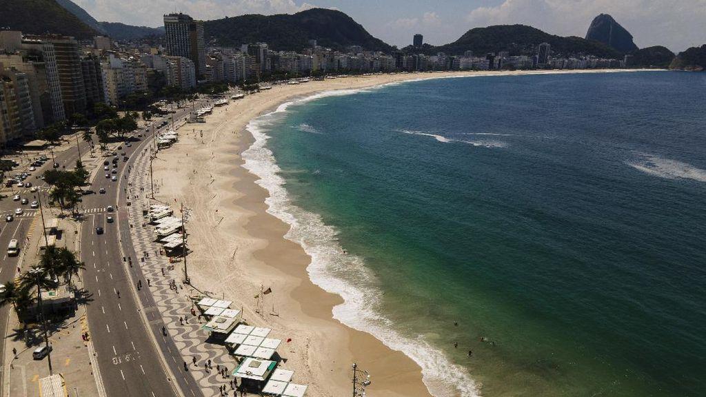 Duh! Pantai Brasil di Lockdown Lagi