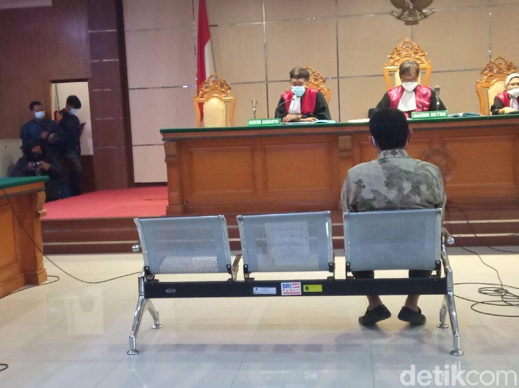 Terbukti Terima Gratifikasi, Eks Bupati Bogor Divonis 2 Tahun 8 Bulan Bui