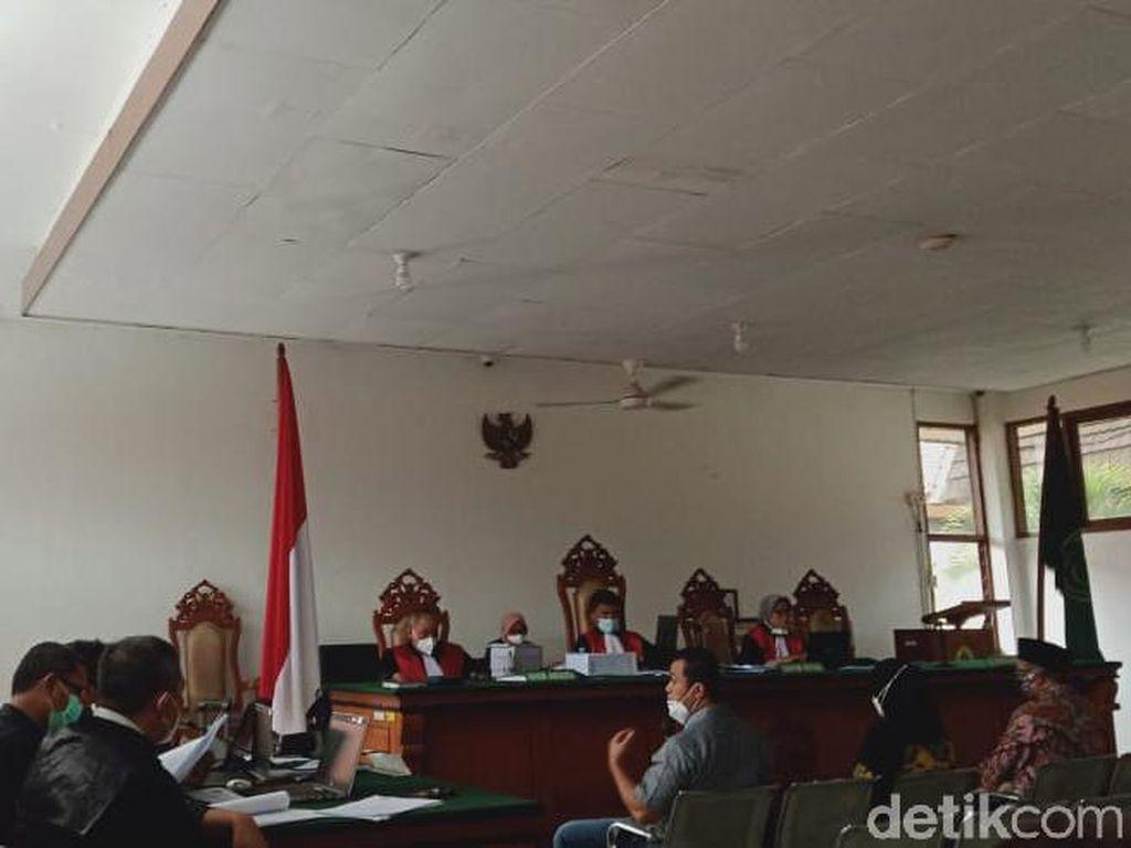 Eks Bupati Ojang Sohandi Jadi Saksi Kasus Pungutan Tes CPNS Subang