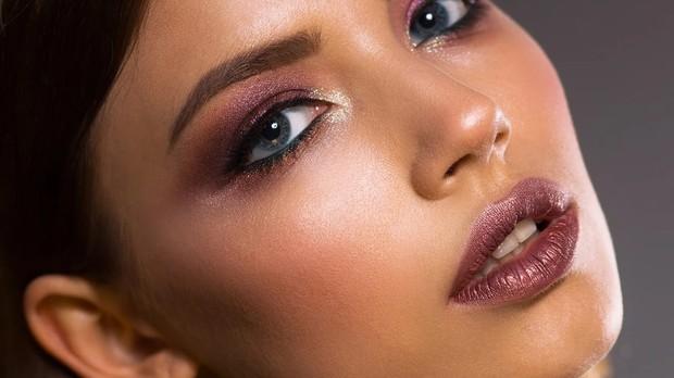 Ilustrasi makeup.