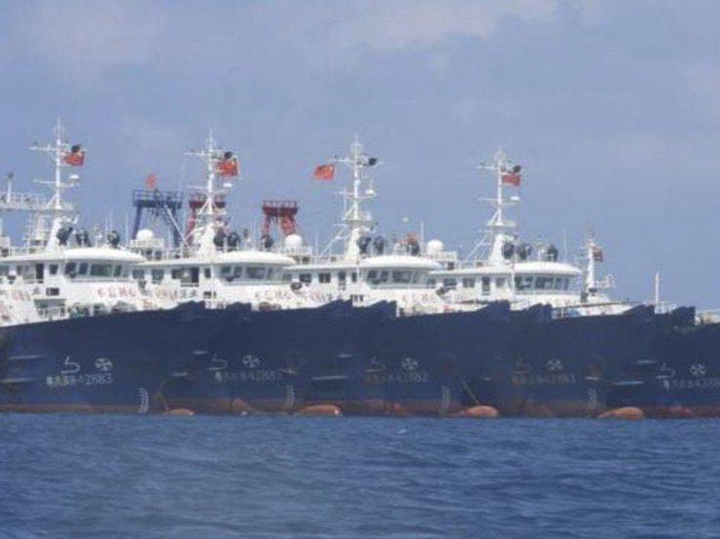 Filipina Protes Kapal-kapal China di Laut China Selatan, Saudi Gempur Houthi