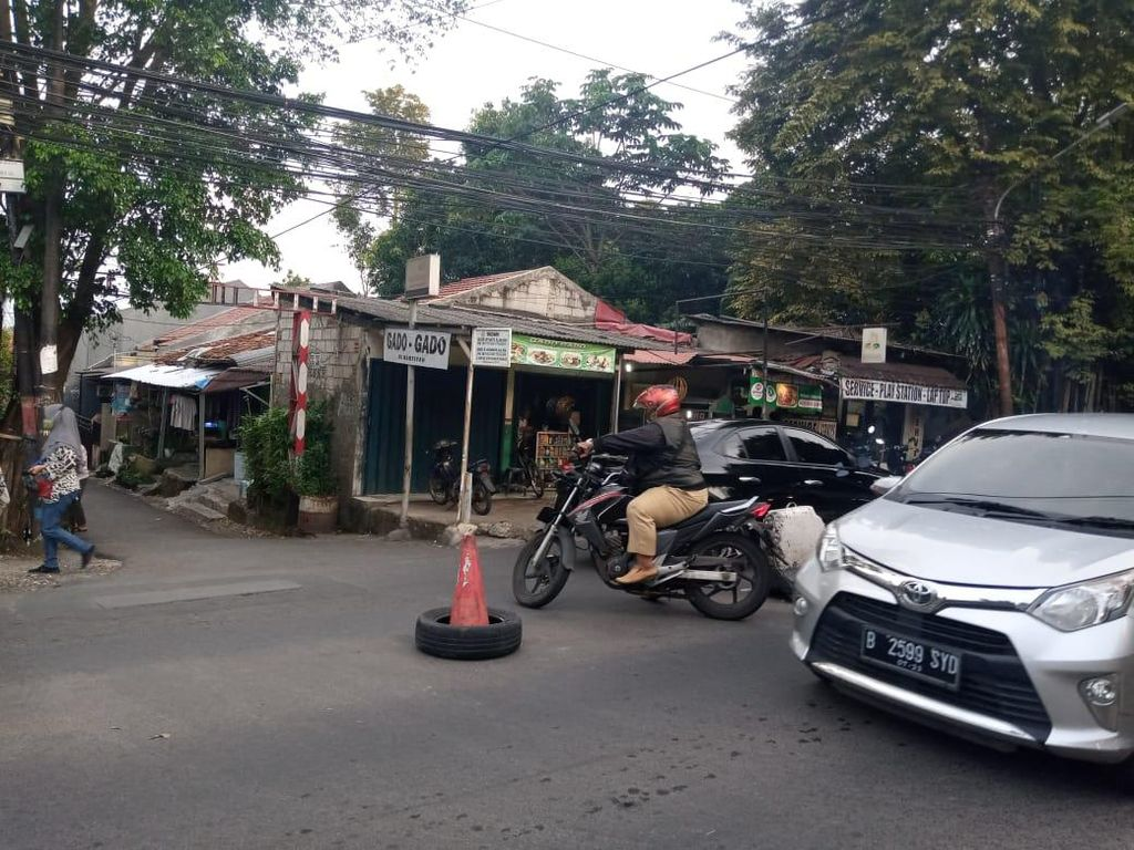 Masih Terjadi Kemacetan Jl Moh Kahfi I, Warga Sebut Jarang Ada Petugas
