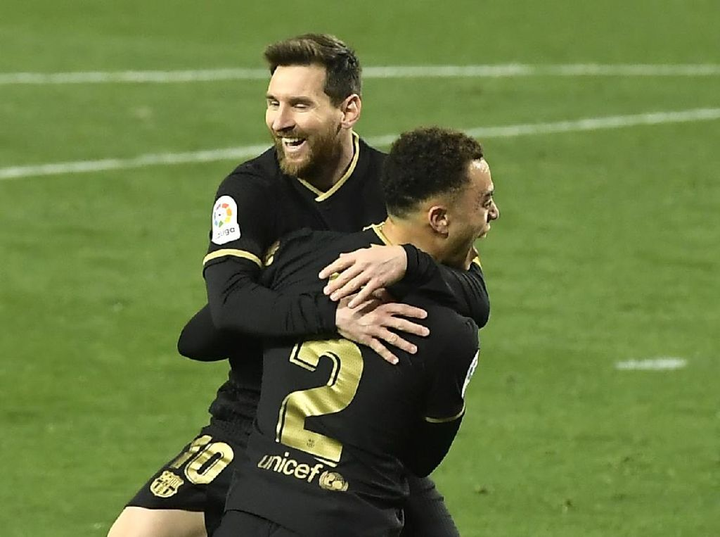 Barcelona Pesta Gol ke Gawang Real Sociedad