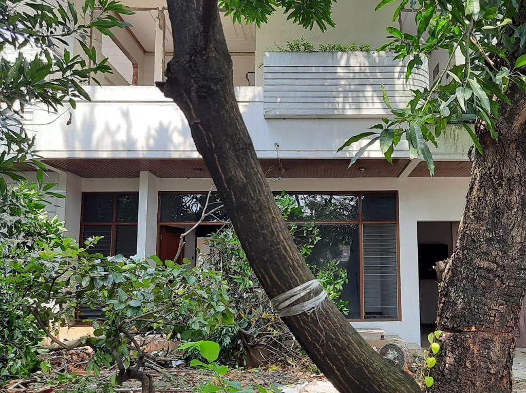 Kayu Jati di Rumah Mewah Jakbar Ikut Dibongkar Pencuri, Dijual Rp 15 Juta