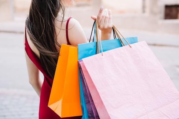 Memahami antara keinginan dan kebutuhan nggak akan membuat kamu membuang uang secara percuma untuk barang yang belum tentu digunakan.