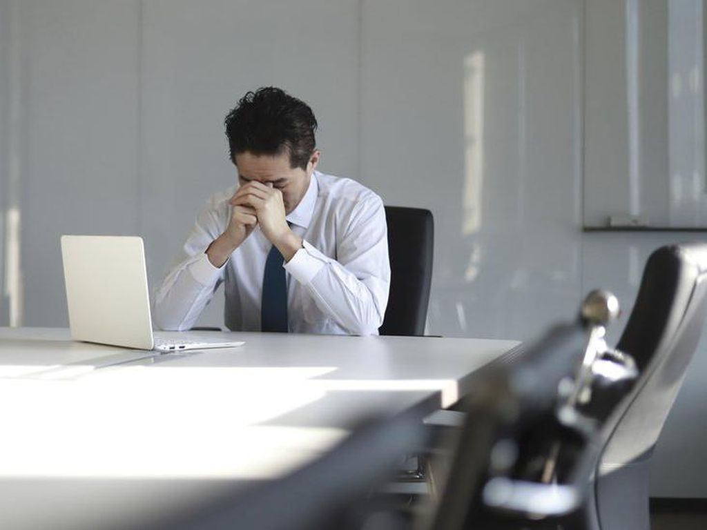 Jeritan Bankir Muda AS dengan Jam Kerja Hampir 100 Jam per Minggu
