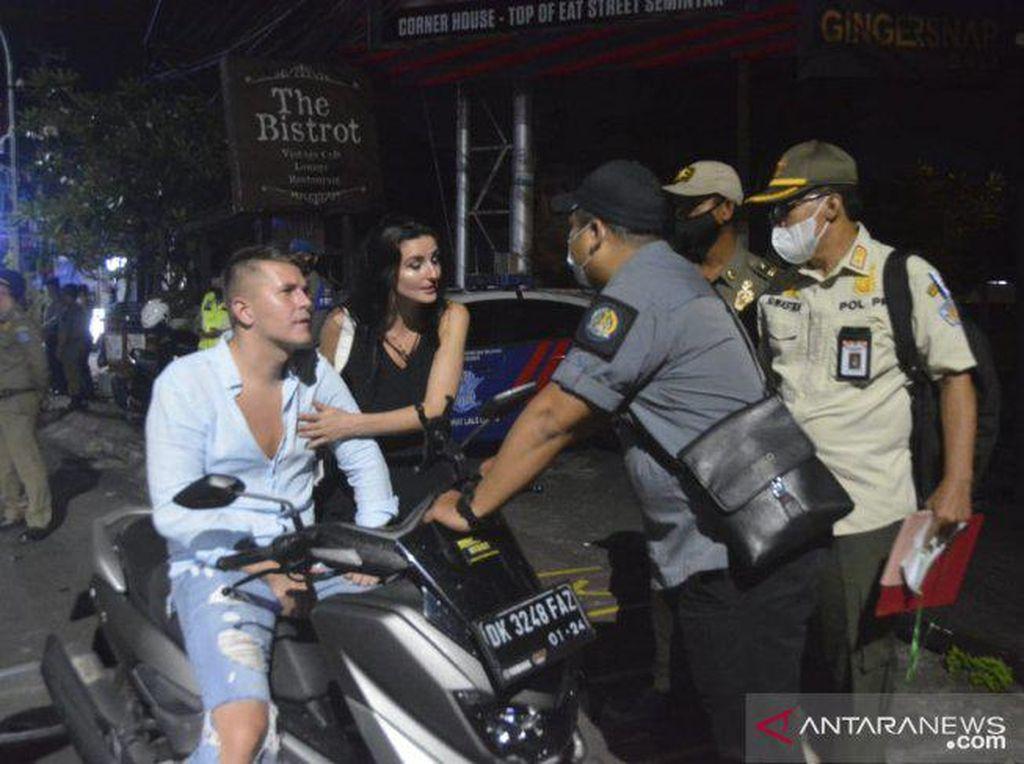 Turis Terjaring Sidak Prokes di Bali, Sebagian Tak Bisa Bayar Denda