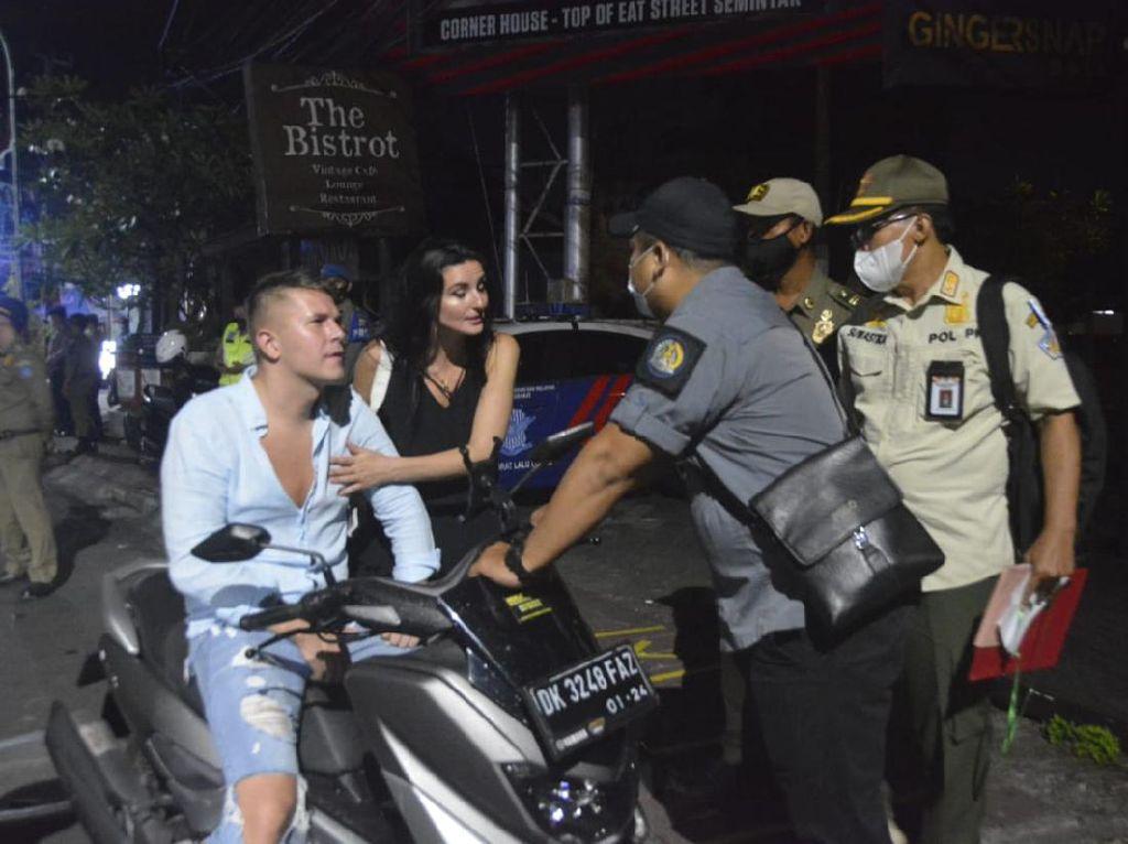 9 WNA di Bali Terjaring Razia Prokes, 2 Langsung Didenda Rp 1 Juta