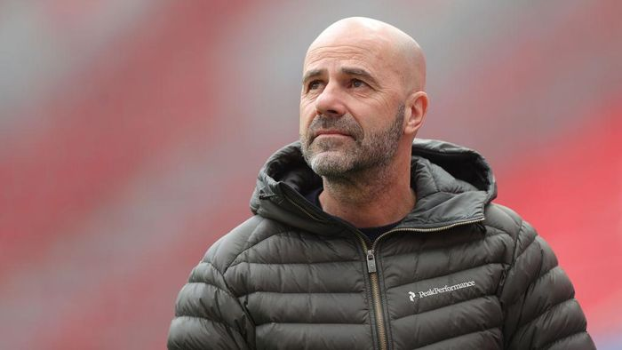 LEVERKUSEN, GERMANY - MARCH 14: Peter Bosz, Head Coach of Bayer Leverkusen looks on prior to the Bundesliga match between Bayer 04 Leverkusen and DSC Arminia Bielefeld at BayArena on March 14, 2021 in Leverkusen, Germany. Sporting stadiums around Germany remain under strict restrictions due to the Coronavirus Pandemic as Government social distancing laws prohibit fans inside venues resulting in games being played behind closed doors. (Photo by Friedemann Vogel - Pool/Getty Images)