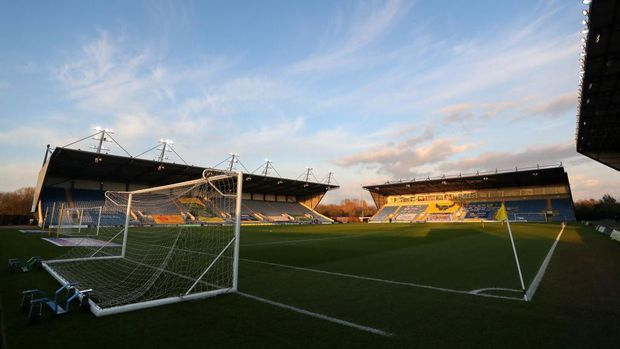 OXFORD, ENGLAND - MARCH 16: General view inside the stadium ahead of the Sky Bet League One match between Oxford United and Doncaster Rovers at Kassam Stadium on March 16, 2021 in Oxford, England. Sporting stadiums around the UK remain under strict restrictions due to the Coronavirus Pandemic as Government social distancing laws prohibit fans inside venues resulting in games being played behind closed doors. (Photo by Catherine Ivill/Getty Images)