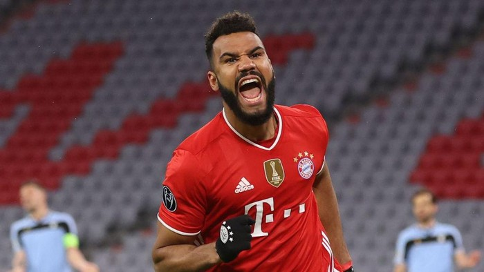 MUNICH, GERMANY - MARCH 17: Eric Maxim Choupo-Moting of FC Bayern München celebrates scoring the second team goal during the UEFA Champions League Round of 16 match between Bayern München and SS Lazio at Allianz Arena on March 17, 2021 in Munich, Germany. (Photo by Alexander Hassenstein/Getty Images)