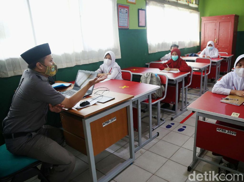 Guru Bisa Manfaatkan Pembelajaran Tatap Muka Untuk Edukasi Soal Pandemi