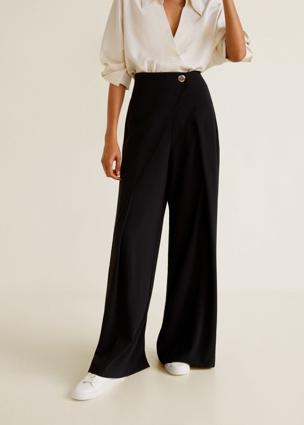 Straight line trousers.