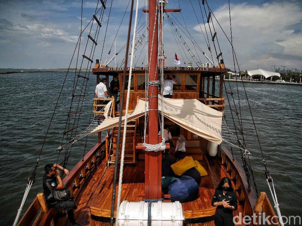 Mau Naik Kapal Phinisi ke Pulau Seribu, Butuh Duit Berapa Sih?